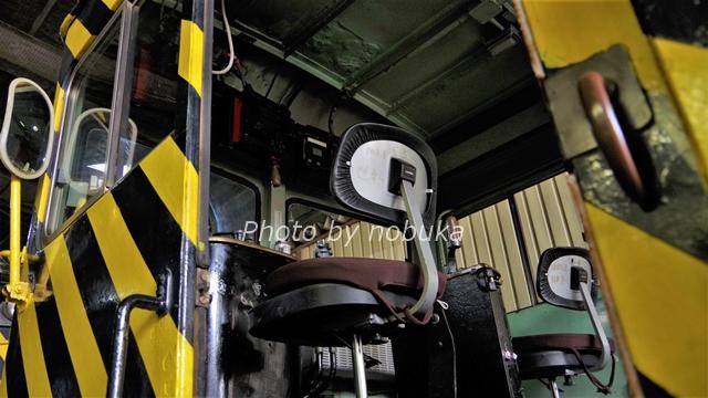 札幌市電ササラ電車の運転席
